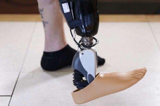 Mind-Controlled Prosthetic Leg Unveiled | IFLScience