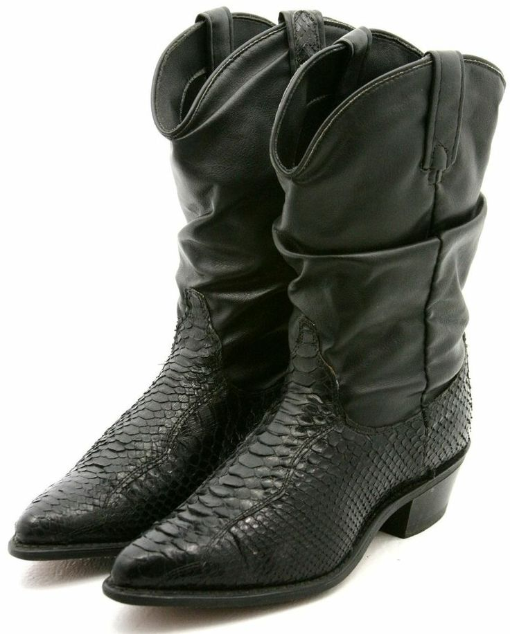 Awesome boots still without bids.  We started them at $0.99, Dingo Womens Cowboy Boots Size 8 M Black Faux Snakeskin Western Dress Boot