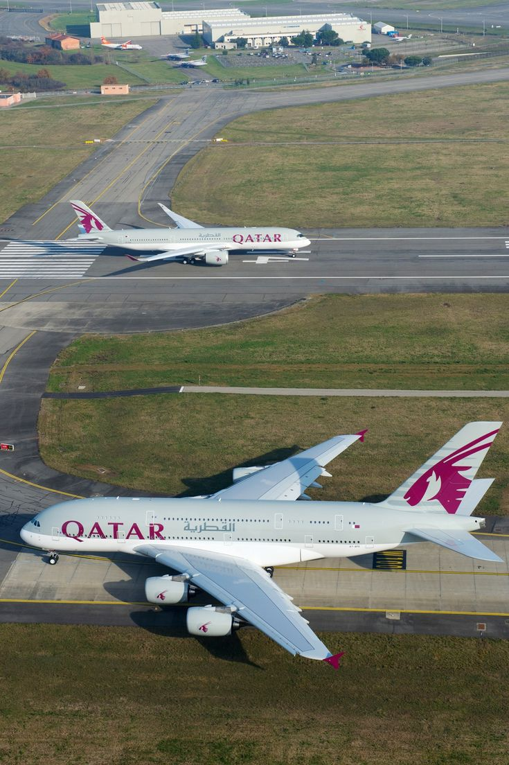 Qatar Airways Airbus A380 & A350