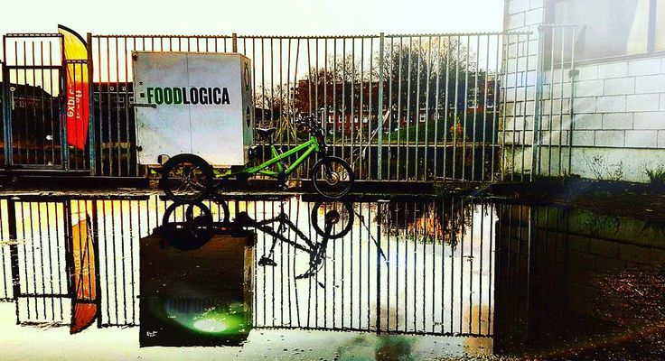 While easing traffic congestion in the city FOODLOGICA is cleaning the last mile of Amsterdam food system in a classy way . . . . . . . . . . . . #foodlogica #amsterdam #electrictrike#nocongestion #sustainablelogistics#cycling #ecodelivery #b2b #logistics #smartcity #logistics #sustainability#localfood #eco #Amsterdam #greenpower #lowcarbon #pedalpower #zerocarbon #innovation #ebikes #greenfood #lastmile #solarpanels #solarenergy #electricvehicle #etrike#renewableenergy