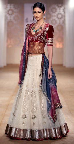 Anju Modi - Sick pattern, material & colors. Me want this so bad!