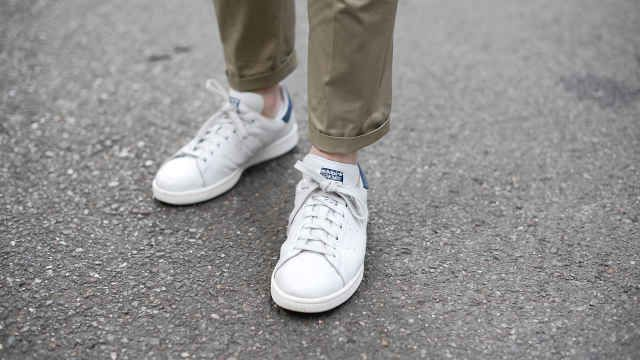 How to keep your white sneakers pristinely white