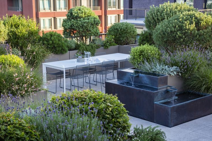tiered fountain for modern roof top garden