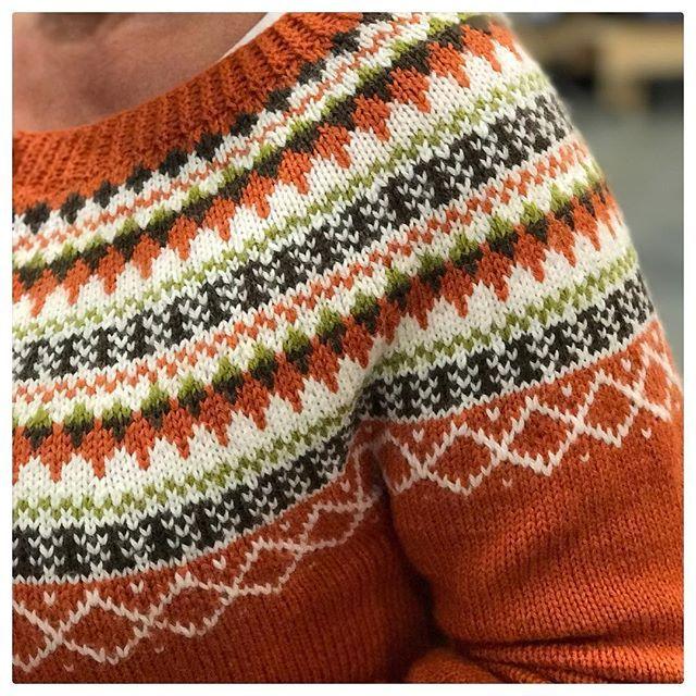Se på denne fine fargekombinasjonen da dere😀👌🏻 Sett på messen! Tusen takk for vi fik - Ingunn (@knitting_inna)