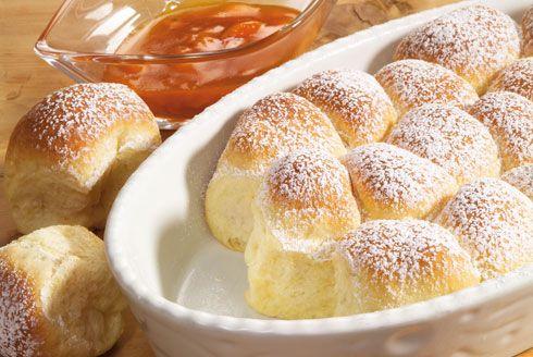 Buchteln - dolci a base di pasta lievitata - ricetta dall′Alto Adige - Gallo Rosso