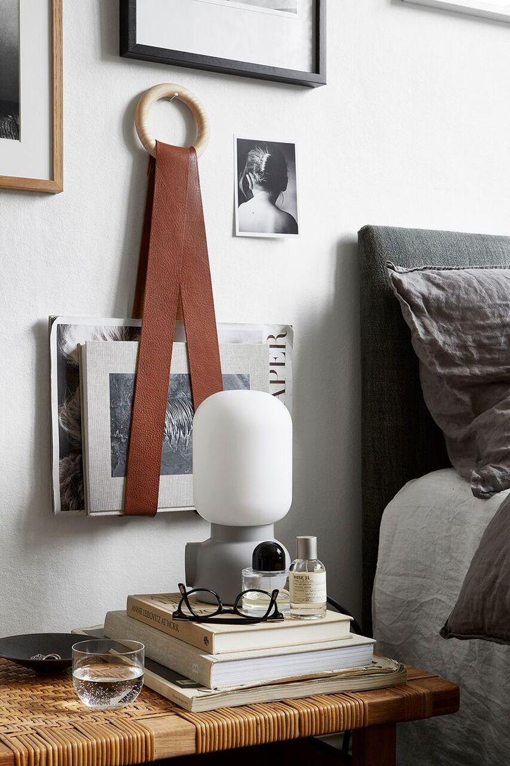 Was für ein wunderschönes Studio & Magazine Kleiderbügel – Roomed