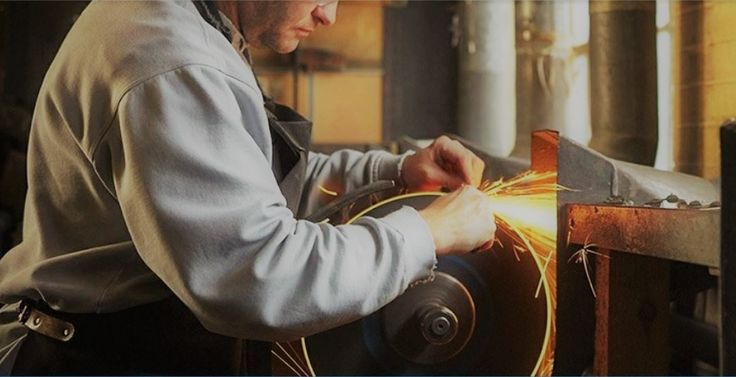 Just in time for the holiday season, PinnacleCart shines its Client Spotlight on Scotland's own Edinburgh Silver. Are you in love with success stories?!  We have a good one for you here, just in time for the holidays - Edinburgh Silver & Scotland's Beloved Local Craftsman - a true #eCommerce #success story  https://www.pinnaclecart.com/blog/scotland-edinburgh-silver-scotland-ecommerce-success/ … #silver #gifts #christmasgifts #Scotland #Britain