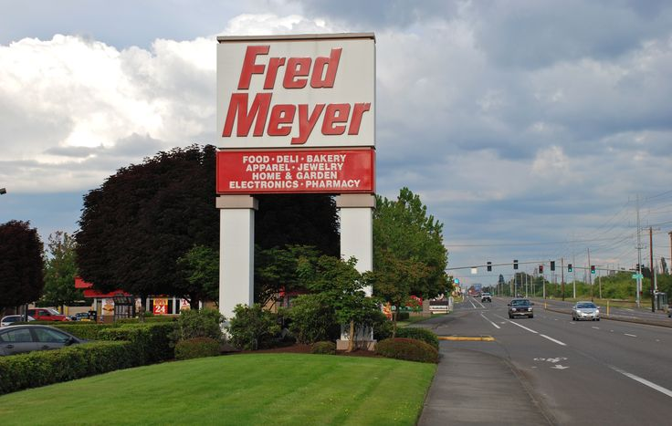 Fred Meyer | Fred Meyerwhite SD fed plates to W on Mill Plain /# 37  parent company to add 14,000 new workers ...