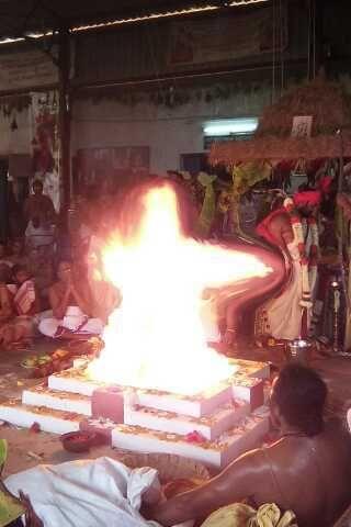 Agni Periyava Siva Lingam-1