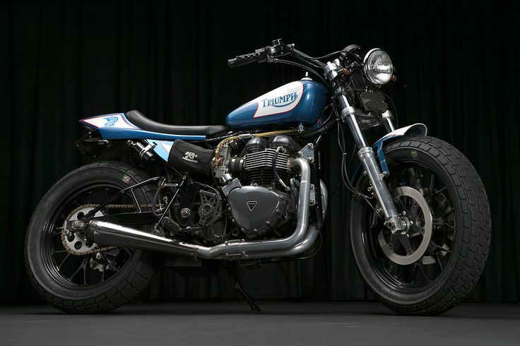 Form and function collide in spectacular style with this Triumph street tracker…