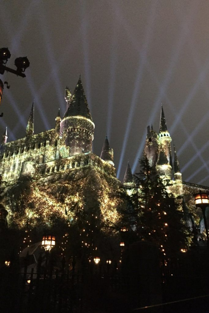 New nighttime show at Hogwarts universal Studios Hollywood