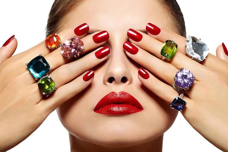 Красный маникюр 2016 – идеи дизайна ногтей красным лаком