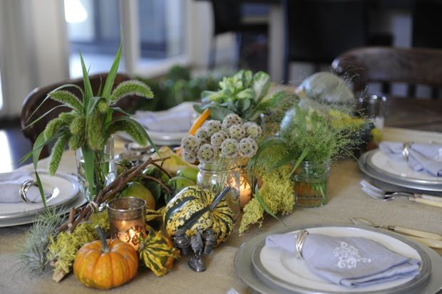 how to create a festive fall tablescape that will take you from Halloween through Thanksgiving, and the weeks in between