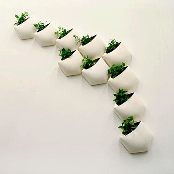 A Great Gift For Any Occasion | Vertical Garden System | Urbilis.com