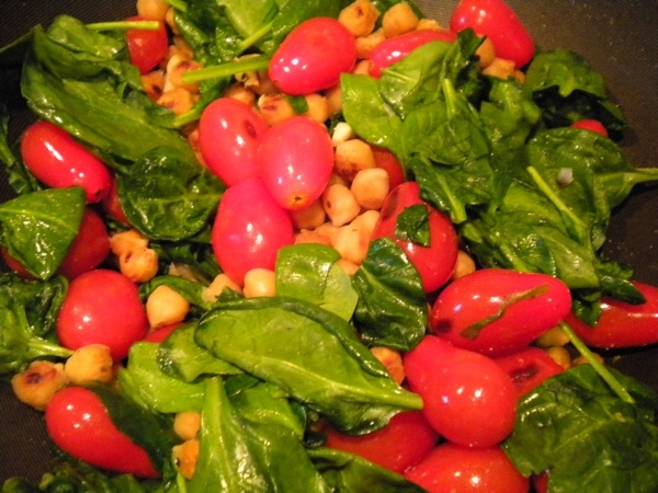 chickpea tomato and spinach stir fry but sub chicken for chickpeas to ...