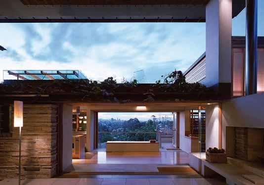 Indoor + Outdoor living space /// Donovan Hill's C House