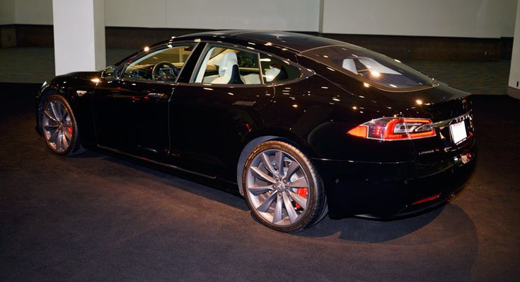 Tesla Experimenting With Including Maintenance And Insurance In Prices