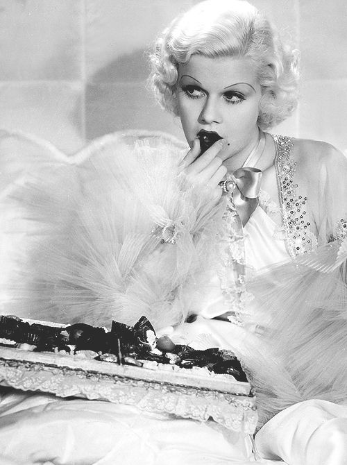 """Jean Harlow in Dinner at Eight.  """"Who me?""""... no i didn't eat those chocolates""""  ;)"""