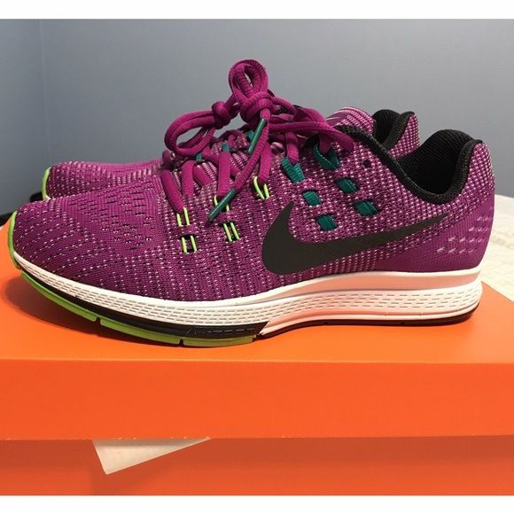 Women's Nike Air Zoom Structure 19 Brand new, never used. Color is purple with real, black, and lime green accents. This pair is the 2015 Chicago Marathon edition.  Still in original packaging.  Ready to ship!  ✖️PRICE IS FIRM✖️ ❗️NO TRADES❗️ ▪️ Also listed on Ⓜercari for $115 shipped. Nike Shoes Athletic Shoes
