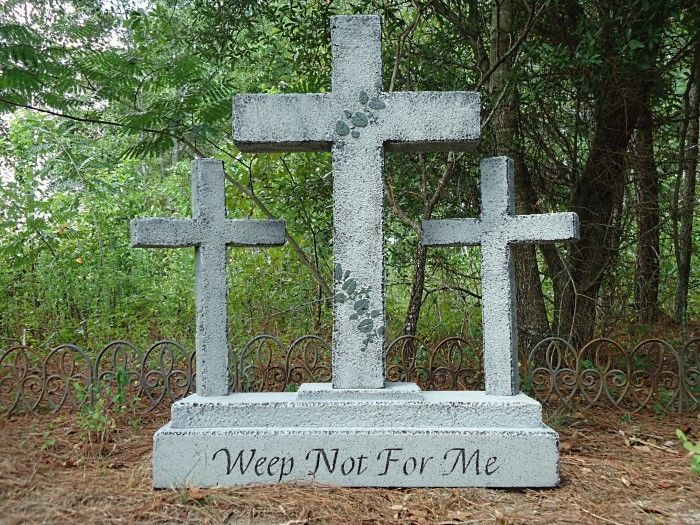 evil soul studios weep not for me side triple cross tombstone halloween prop - Cemetery Halloween Decorations