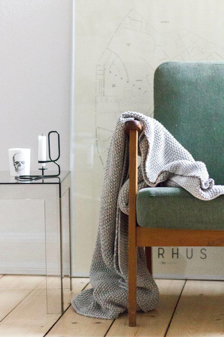 Vintage chair - KLAM Aarhus poster - Kartell Jolly Table - Hay Loop Candelholder