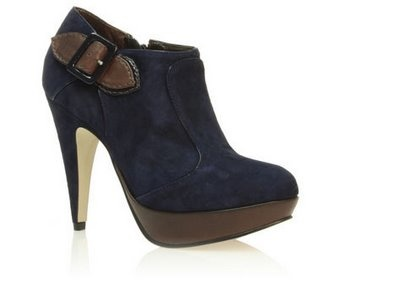 Can't go wrong with a cute pair of shooties!