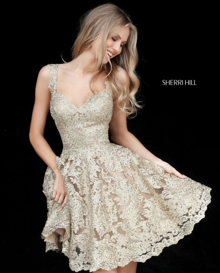 Sweetheart Lace 2017 Sherri Hill Homecoming Gown. Available at Bridal and Formal's Club Dress Cincinnati OH @bfclubdress (513)821-6622