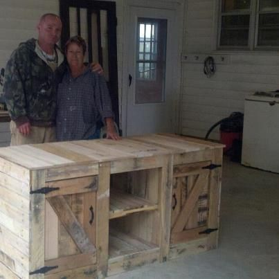wooden pallet entertainment center