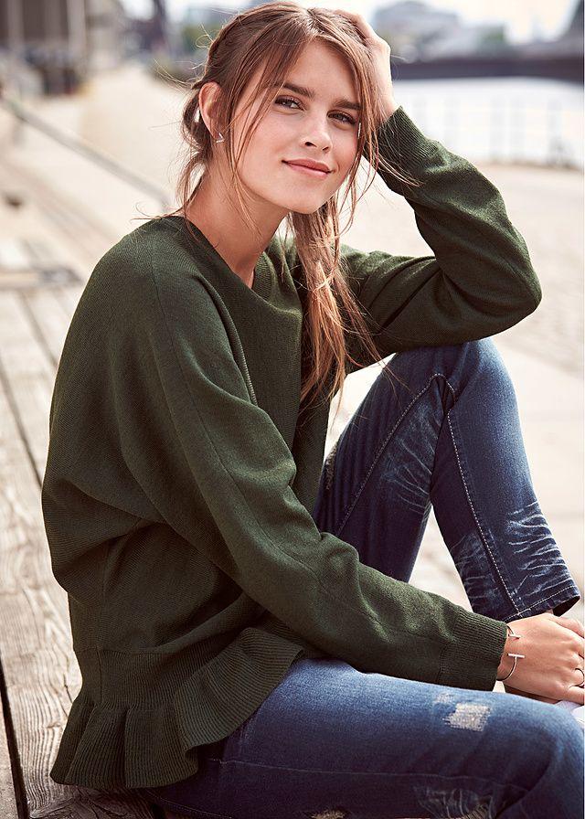 Sweter z falbaną Modny sweter z falbaną • 89.99 zł • bonprix