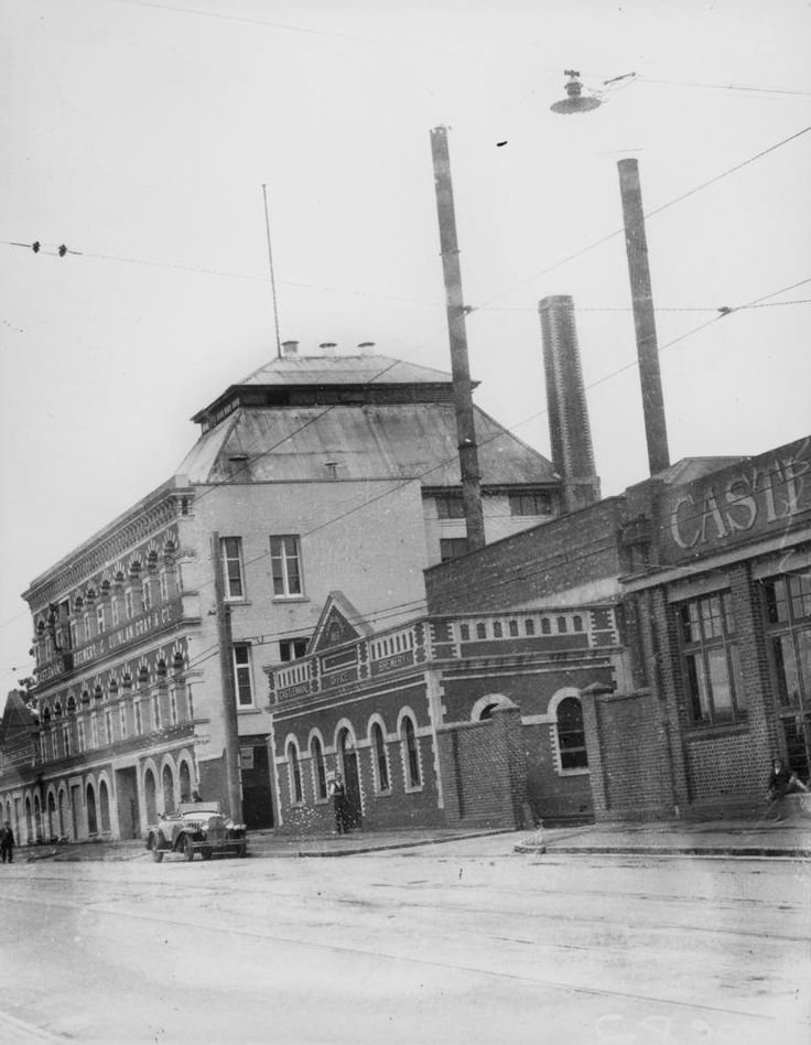 View of the Castlemaine Brewery in Milton, Brisbane, 1932 - Castlemaine Brewery at Milton where the popular Fourex beer is made. The Castlemaine Brewery which supports large numbers of Queenslanders in regular emplyment