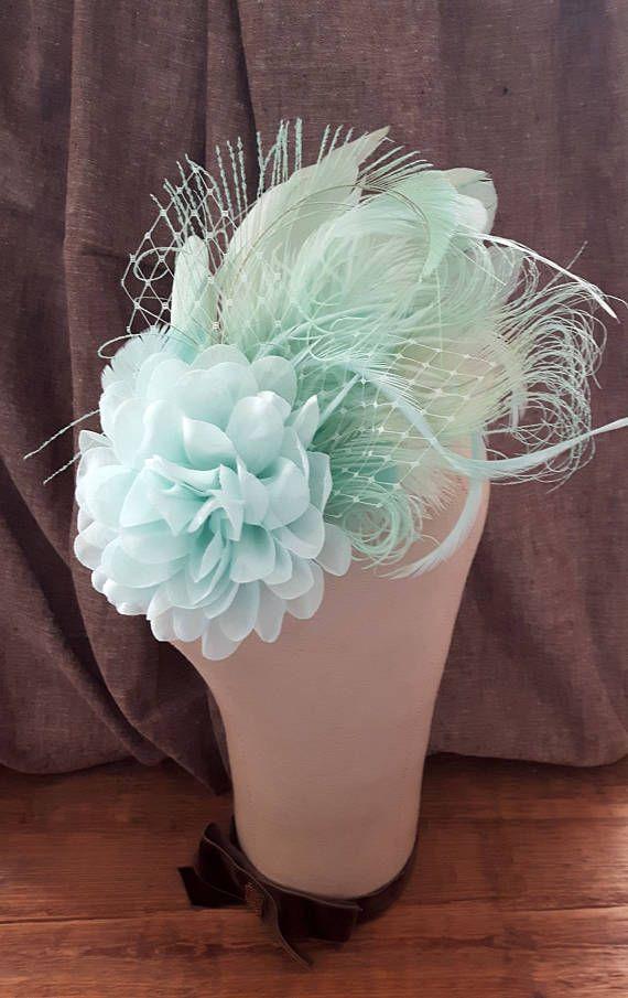 Zendspoel Fascinator Mint licht groene munt pistache pastel haar sieraden bruids juwelen bruiloft veren groen bruidssluier accessoire 50s