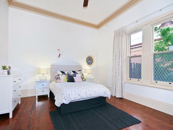 #Bungalow at #WoodvillePark. Kevin J. Barry, #Professionals #Christies #Beach, #RealEstate agency - 08 8382 3773. #Bedroom #1920s #Pretty
