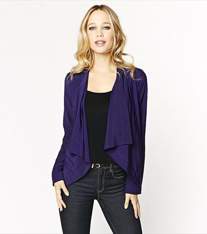 #DYNHOLIDAY With a draped front and a cropped fit, this soft blazer is the perfect piece that will complement any outfit!