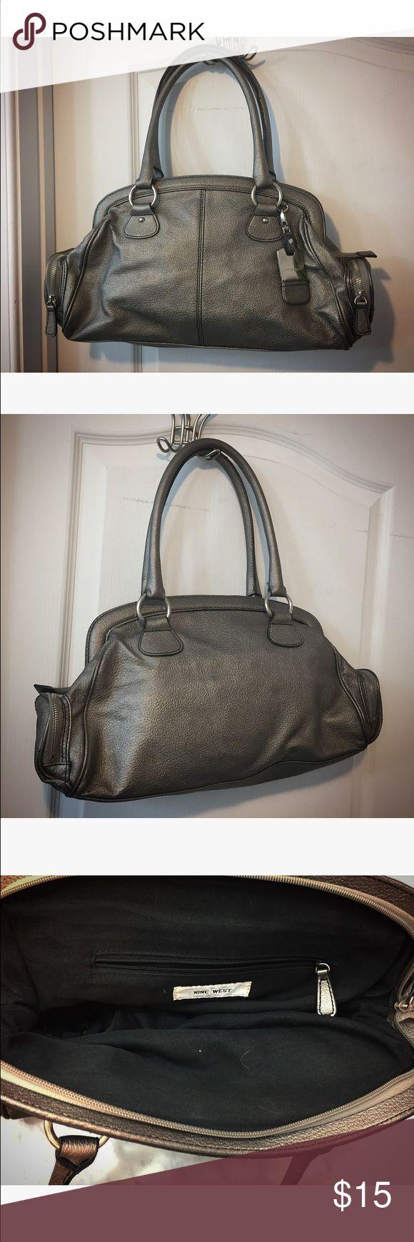 Nine West purse Nine West purse, excellent condition, metallic silver, silver hardware Nine West Bags Shoulder Bags