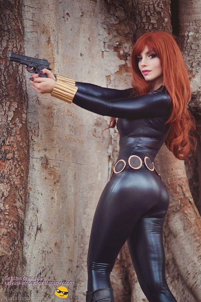 booty Black with widow cosplay jiggly