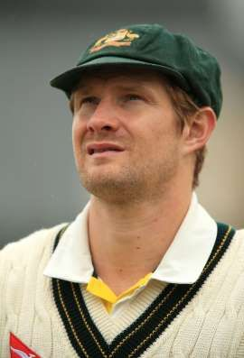Shane Watson announces retirement from Test cricket, effective immediately, as injury cuts short England tour