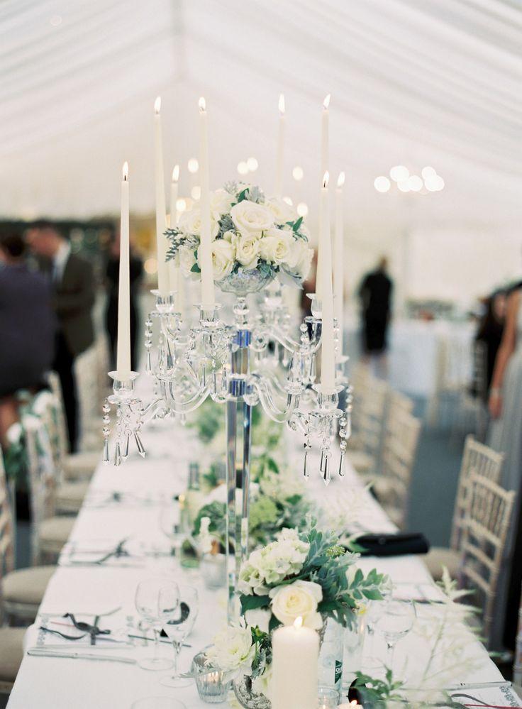 25 White #Wedding Decoration Ideas for Romantic Wedding. To see more: http://www.modwedding.com/2013/12/27/25-white-wedding-decoration-ideas-romantic-wedding/