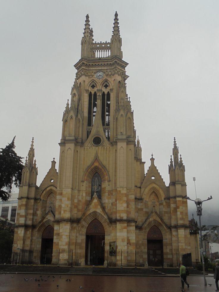 Basílica Menor de Nuestra Señora de Lourdes, Bogotá, D.C., junio del 2017.