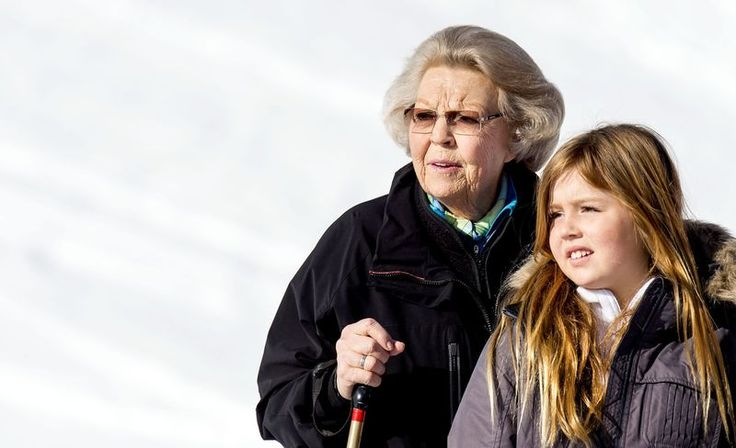 royalwatcher: Dutch Royal Family photoshoot in Lech, Austria, February 22, 2016-Princess Beatrix and granddaughter Princess Alexia