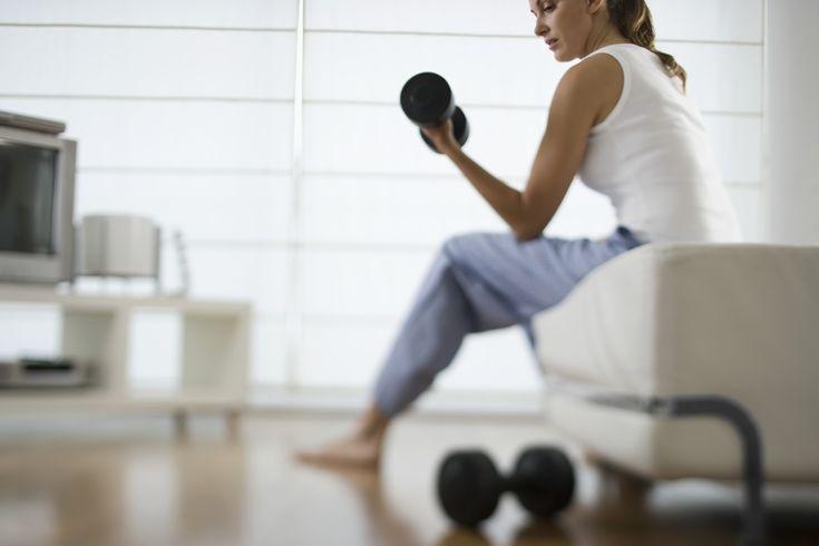 Je eigen #fitness thuis!  http://www.gezond.be/8-fitnessapparaten-voor-thuis/