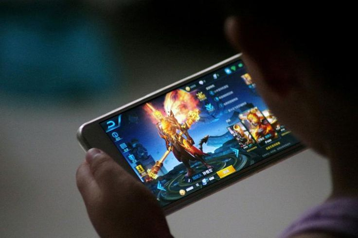 Video games could be next for Snapchat, China's Tencent says  ||  Chinese gaming and social media company Tencent Holdings Ltd on Thursday flagged video games and ad sales as areas where it thinks it could help Snapchat owner Snap Inc after acquiring a 12 percent stake in the U.S. firm…