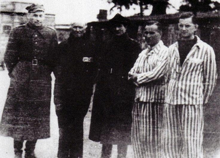 Francisco Largo Caballero el día de su liberación del campo de concentración nazi de Sachsenhausen, en Oranienburg, al norte de Berlín, el 24 de abril de 1945.