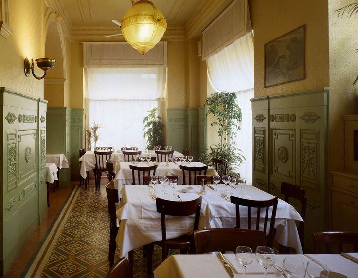 Da Giacomo Bistrot http://www.vogue.fr/voyages/adresses/diaporama/les-meilleurs-restaurants-milan/19338