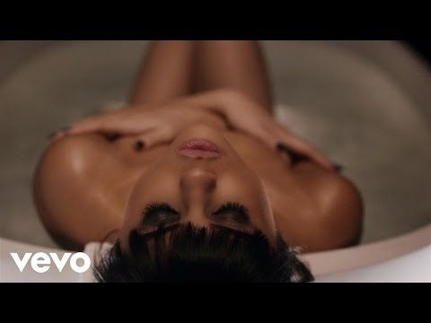 You And Me (Eu e Você): Dica de Vídeo: Selena Gomez - Hands To Myself