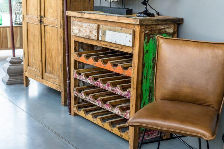 Wijn kast. Ruben Betsema wonen in stijl. www.rubenbetsema.nl #kast #woonkamer #interieur