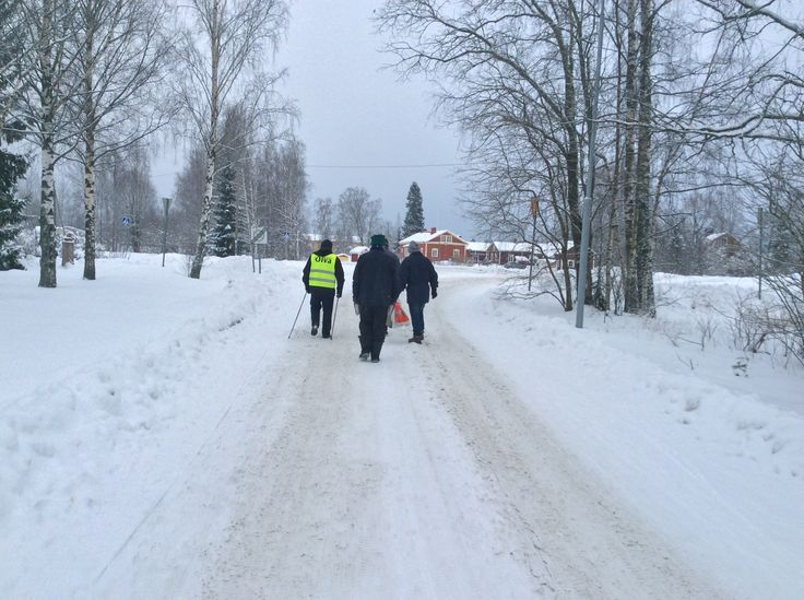 Talvinen kävelyryhmä