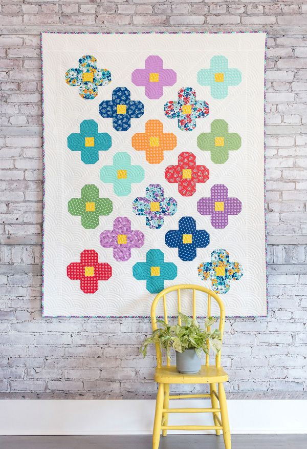 This Bloom quilt has been on my mind for a year and I'm so happy with how it turned out in Hello Jane fabrics! It matches our beautiful Spring weather outside. This pattern can use a layer cake (or 1