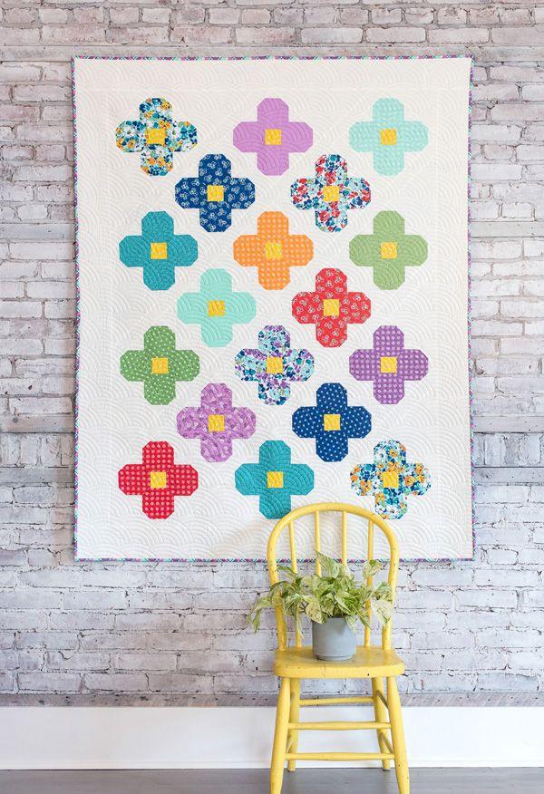 Bloom Quilt | Cluck Cluck Sew