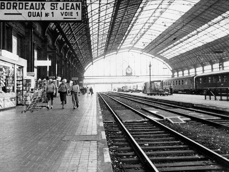 Gare Saint-Jean à Bordeaux 1977 les quais