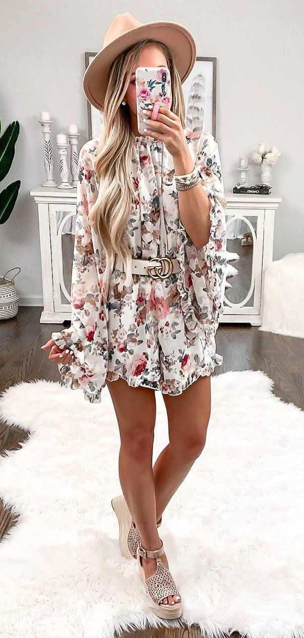 white and pink floral mini dress #spring #outfits